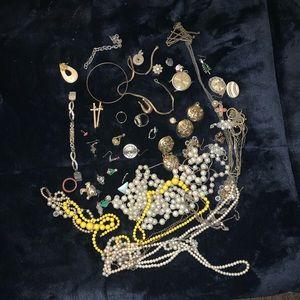 Jewelry - Untested jewelry lot
